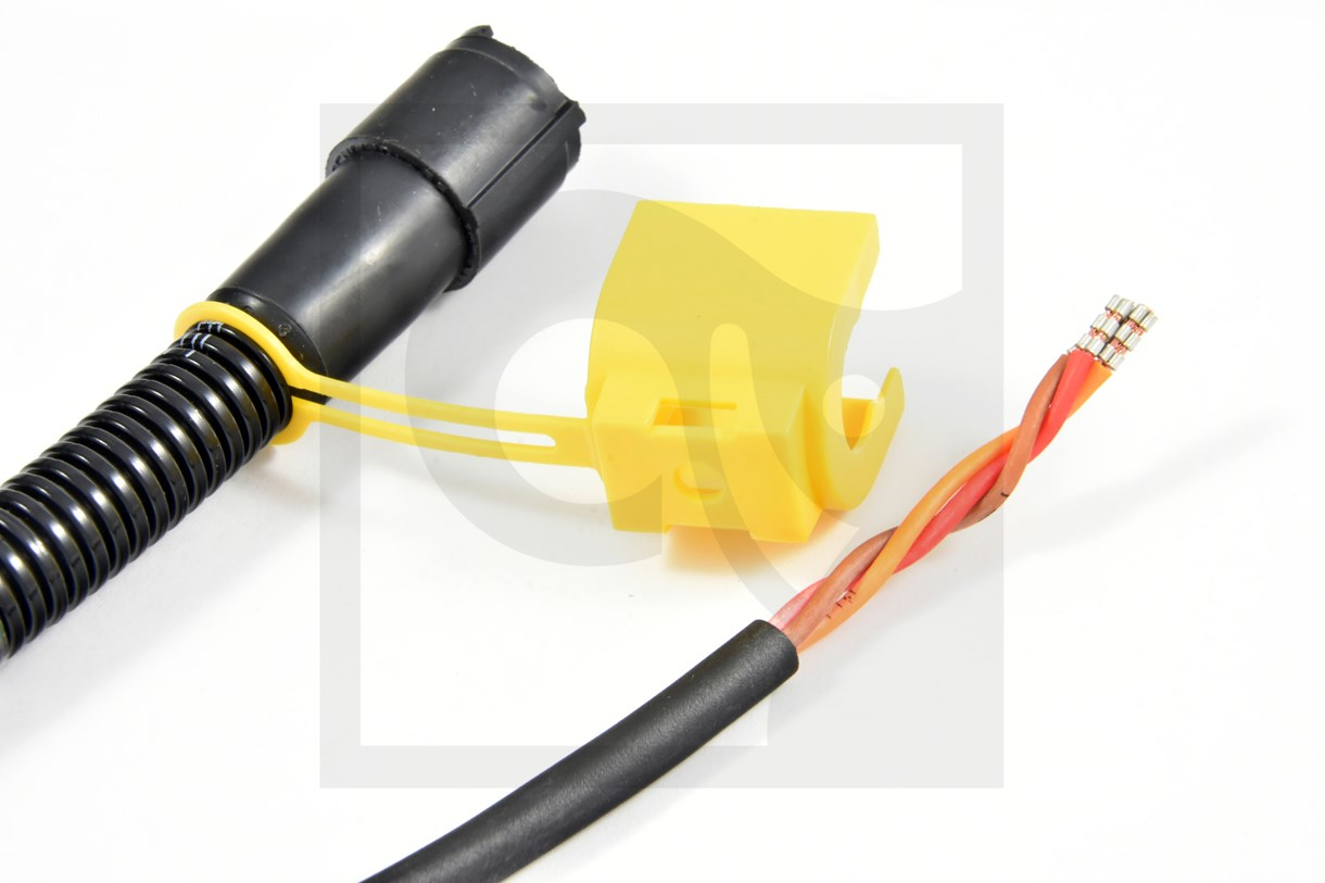 3856917 ELECTRIC CABLE
